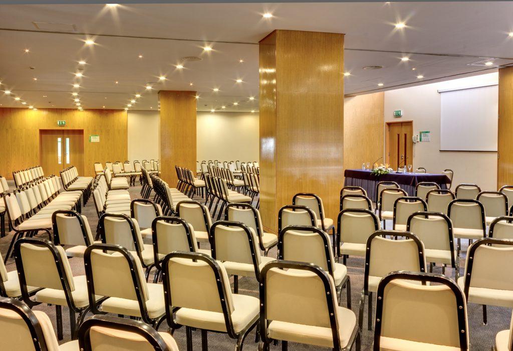 sala-reuniões-grande